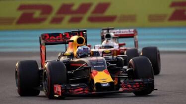 Ricciardo Raih Pole Position GP Meksiko, Hamilton Posisi 3