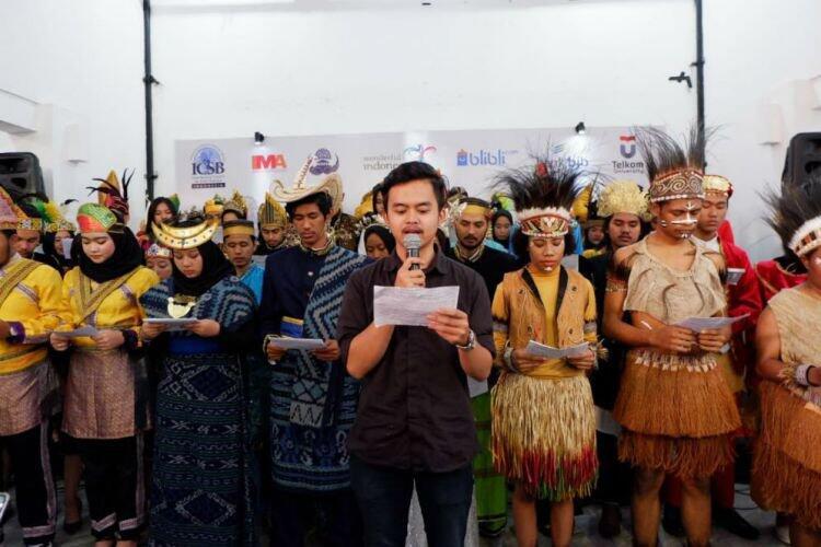 Para kaum milenial bacakan 'Sumpah Milenial Indonesia 4.0'