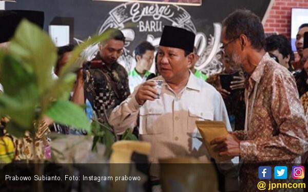 Prabowo: Ini Singa-Singa Tua yang Masih Berdiri Semangat