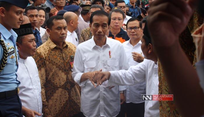 Dihadapan Ribuan Kader Nasdem Jatim, Jokowi Curhat Soal PKI