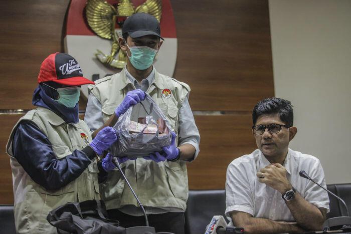 Aduan limbah malah jadi modus suap DPRD Kalteng