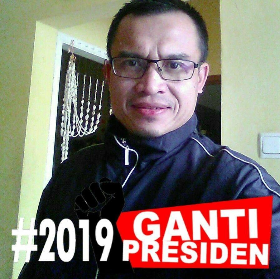 Terkutuk! Pendukung Prabowo Ini Kaitkan Musibah Pesawat Karena Rezim Zalim!
