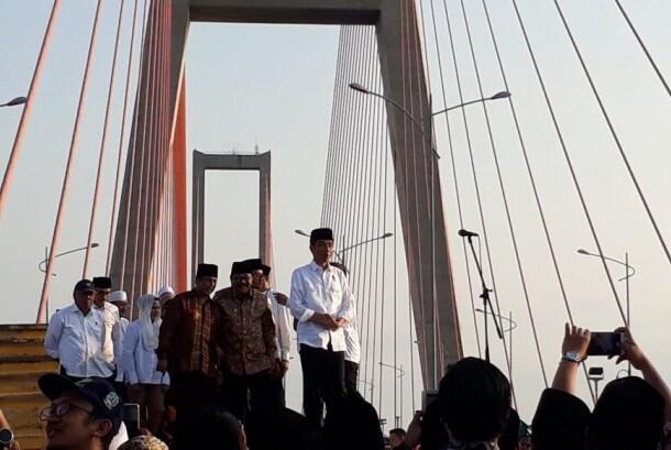 SBY: Mengapa Khusus Suramadu Digratiskan?