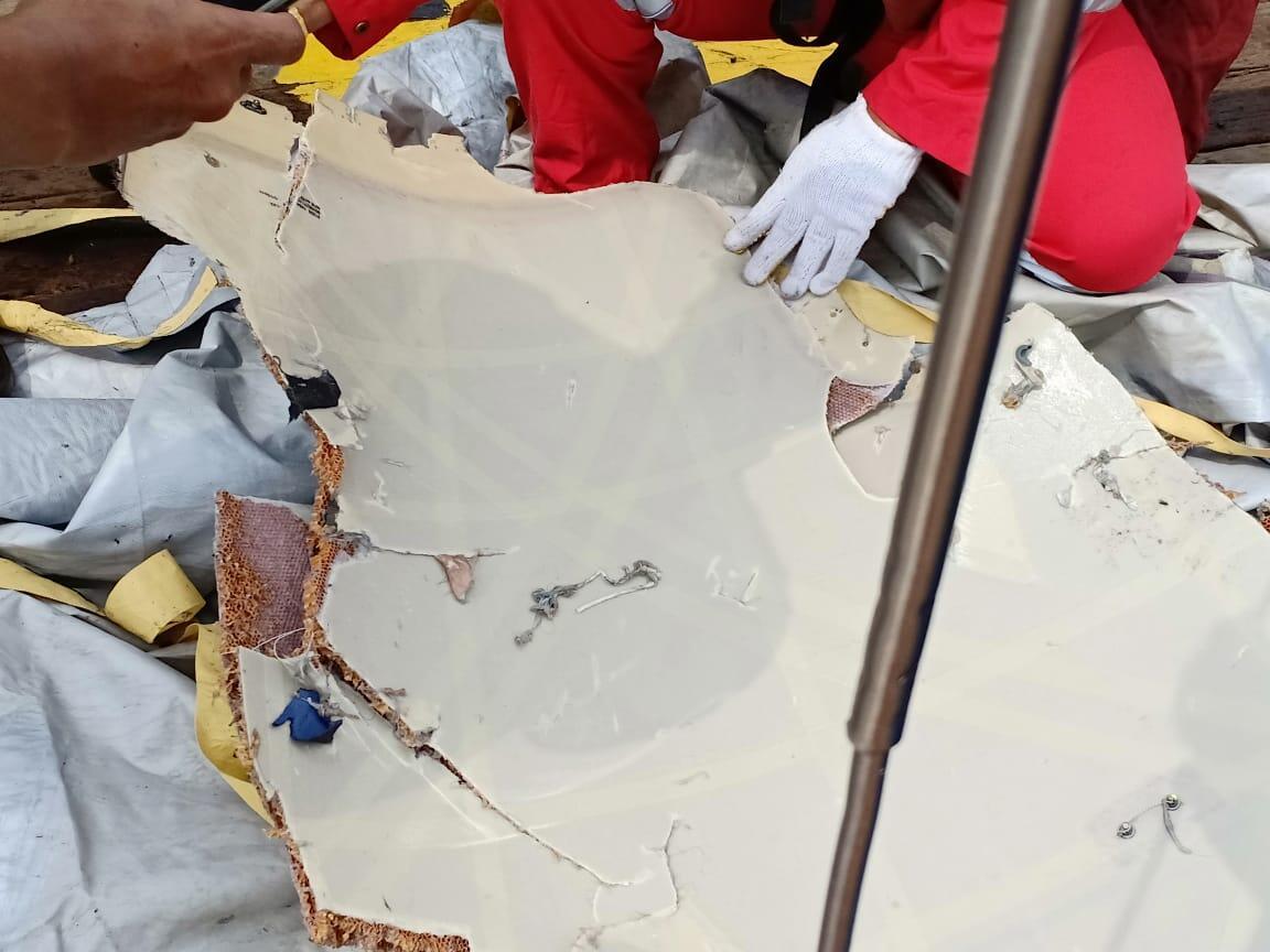 Pesawat Lion Air JT 610 dipastikan jatuh di perairan Tanjung Karawang