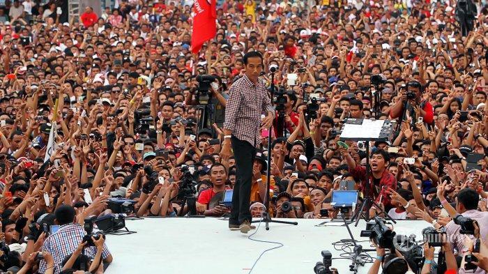Tulis Pesan Sumpah Pemuda di Secarik Kertas, Prabowo Dipuji Warganet