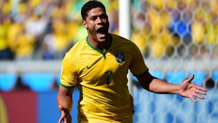 Pemilik Kaki Kiri Gledek Warisan Brasil setelah Carlos dan Adriano