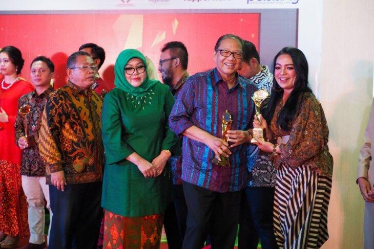 Puluhan UKM Berprestasi Raih Anugerah Smesco Award