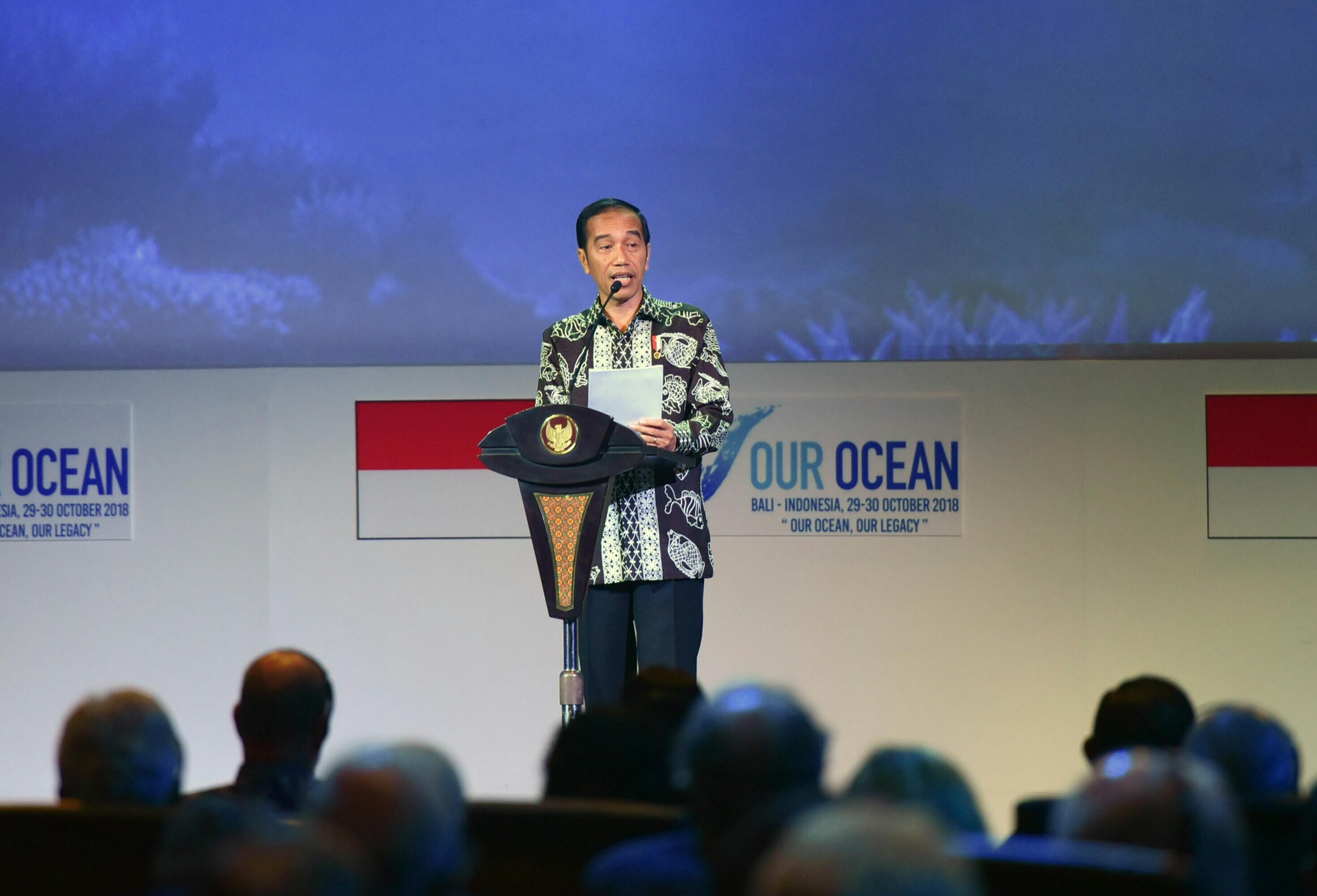 Puisi Presiden di Pembukaan OOC 2018: Lautmu Adalah Masa Depanmu