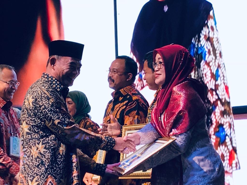 Kongres Bahasa Indonesia XI, Mendikbud Beri Penghargaan 13 Pegiat Bahasa