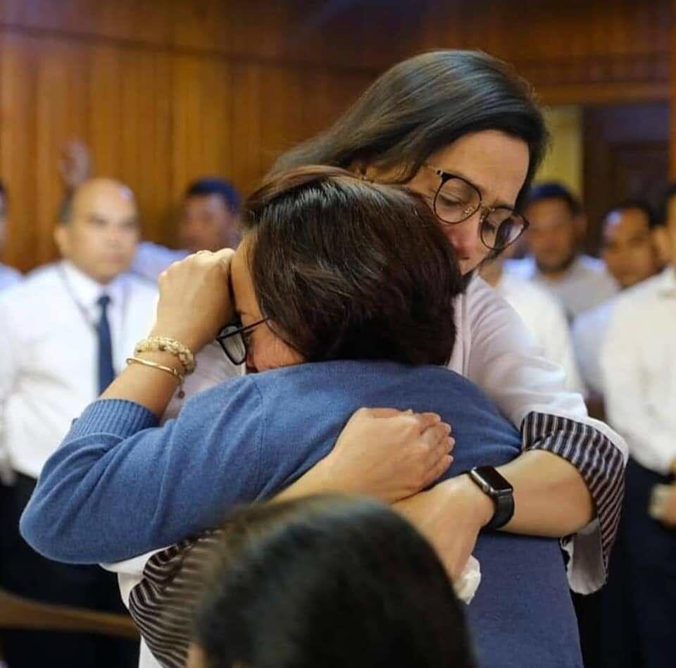Tangis Sri Mulyani Pecah Saat Temui Keluarga Korban Lion Air