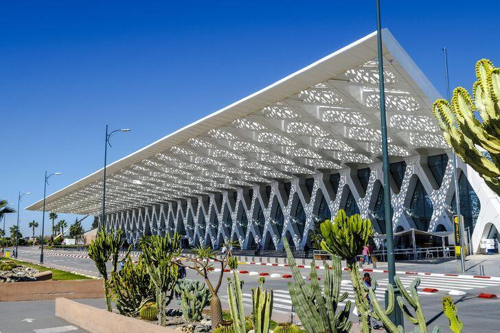 10 Bandara Internasional dengan Desain Paling Futuristik, Keren Abis!