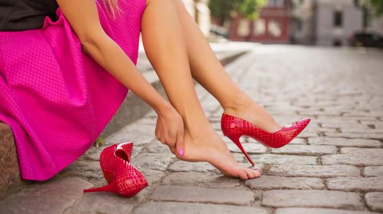 Anti Pegal, 5 Olahraga Ringan yang Cocok Bagi Para Pengguna High Heels