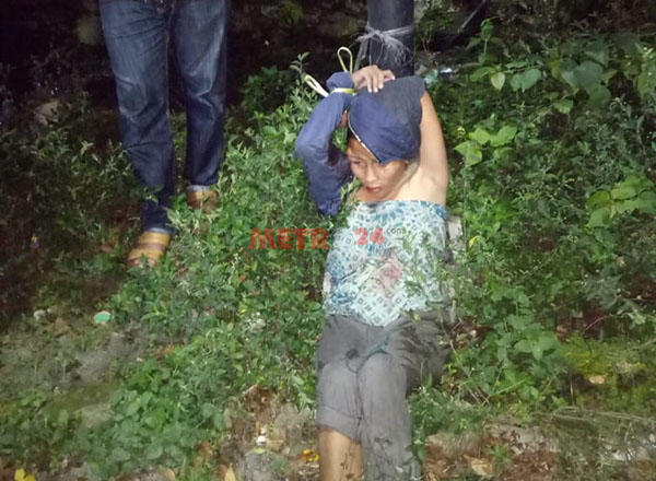 Dipukuli & Diikat di Tiang Listrik, Terduga Penculikan Anak Nyaris Dibakar Massa