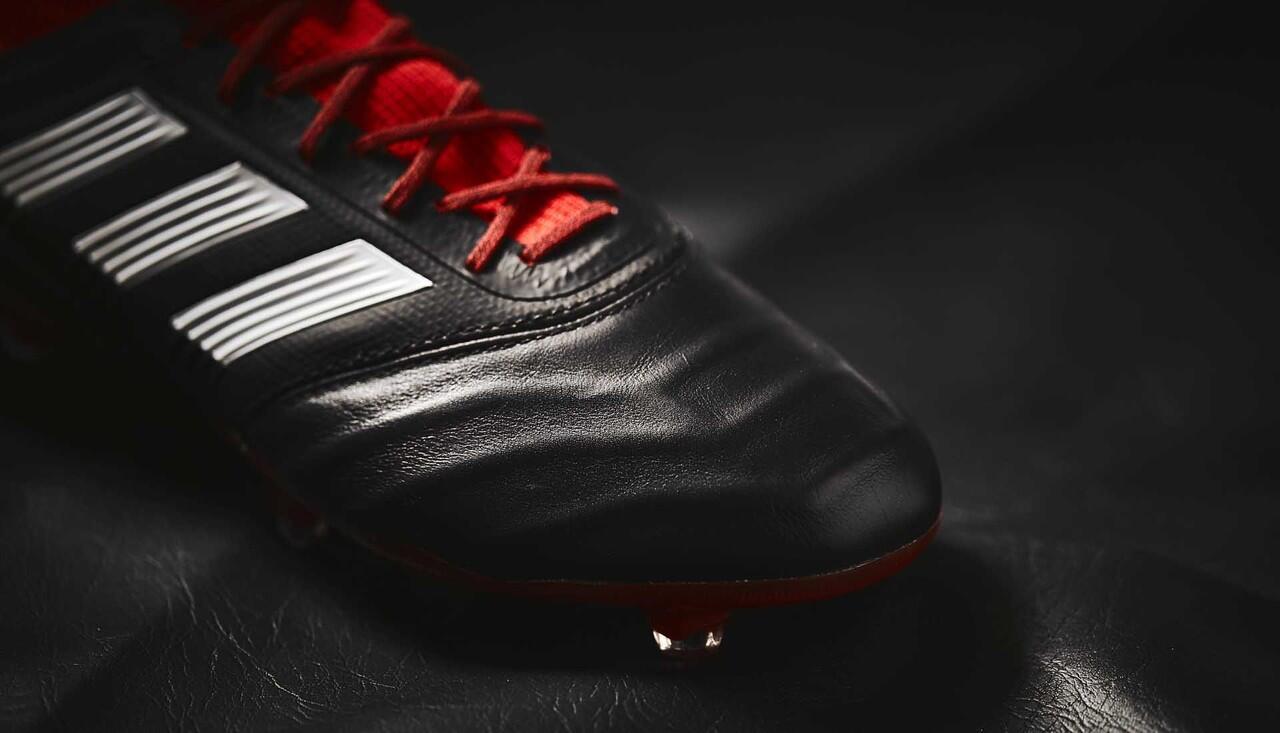 Keren Banget! Adidas Ngeluarin Versi Leather untuk Predator 18