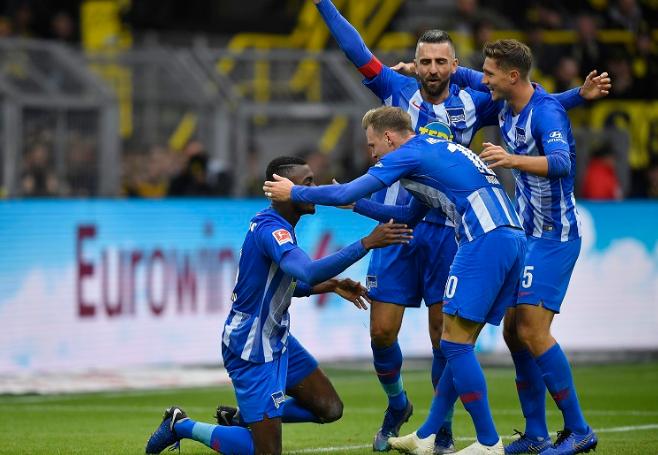 Ditahan Imbang, Dortmund Tetap Teratas di Klasemen Bundesliga