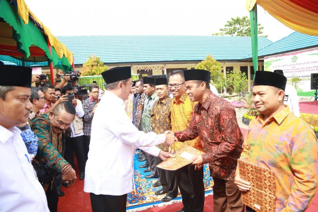 48 Madrasah Swasta di 14 Provinsi ini Kini Berstatus Negeri