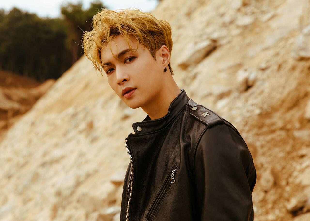 Perdana! Lay 'EXO' Nangkring di Billboard 200 dengan 'NAMANANA'
