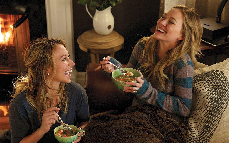 Walau Suka Berantem, Ini 7 Keuntungan Punya Kakak Perempuan