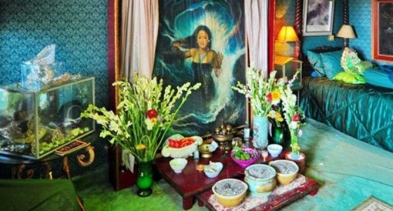 4 Lokasi Wisata Ini Menyimpan Lukisan yang Punya Kesan Mistis