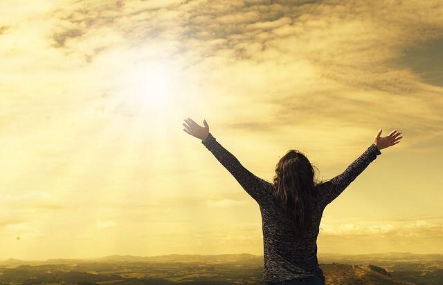 5 Alasan Kamu Tak Sepatutnya Rendah Diri, Meski Dunia Tak Mendukungmu!