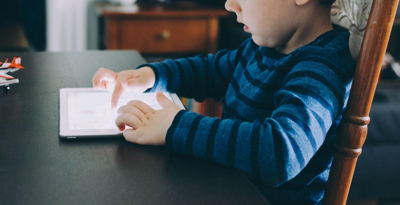 Ketika Smartphone Sudah Jadi Kebutuhan Primer, Sikap Kita?