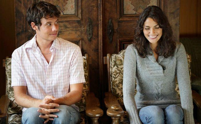 7 Alasan Introvert Memilih Pasif Di Hadapan Orang yang Baru Dikenal