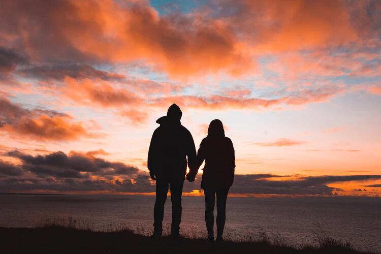 Bukannya Cengeng, Ini 3 Tanda Kamu Harus Cari Partner Hidup Segera