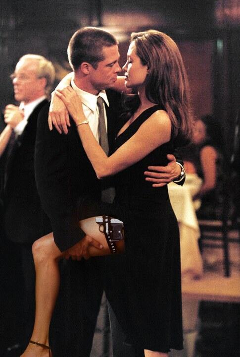 Brad Pitt Makin Seksi, Angelina Jolie Ngaku Sulit Move On