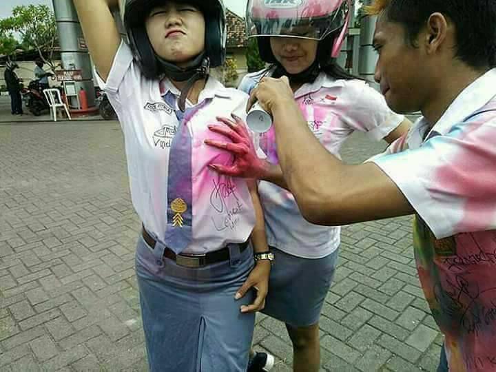 Dewi Perssik Somasi Keponakan, Geram Dituduh Berpayudara Palsu