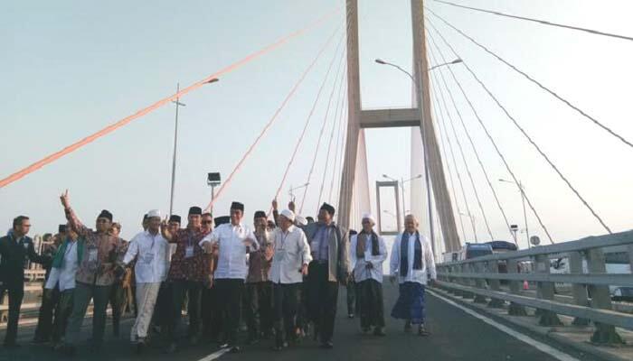 Jokowi Dilaporkan Lantaran Resmikan Penggratisan Jembatan Suramadu