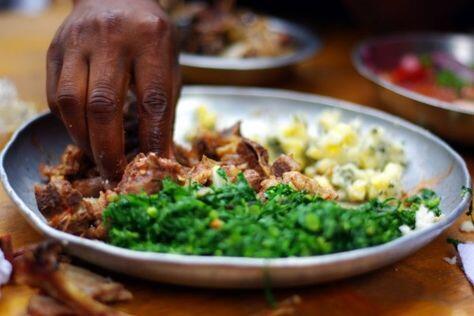 5 Negara yang Memiliki Kebiasaan Makan Dengan Tangan