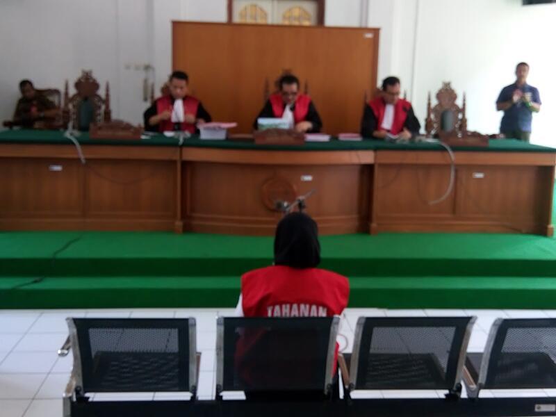 Hakim Tolak Eksepsi Istri Bos ABU Tours