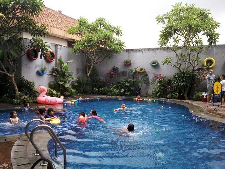 Les / Private Renang Surabaya