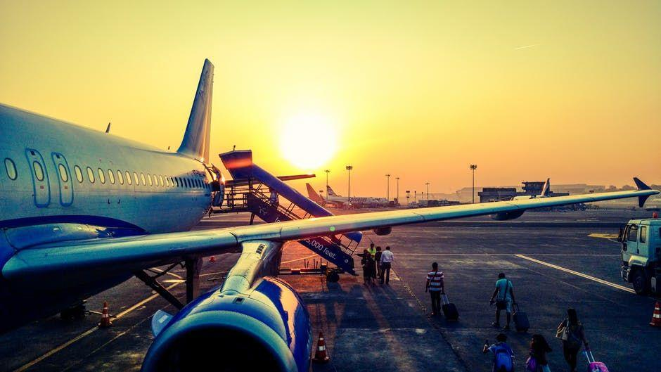 Jangan Takut Naik Pesawat, Yuk Atasi Aviophobia dengan 5 Hal Ini