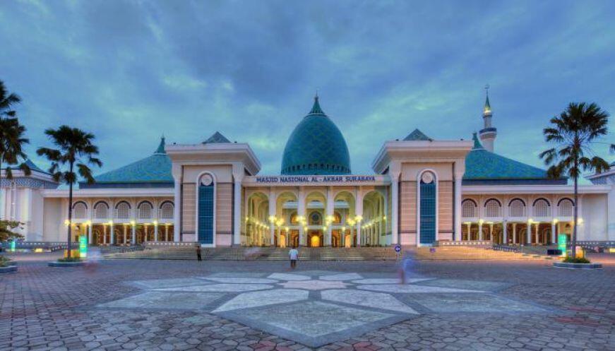 Yuk Berwisata Religi di 5 Masjid Paling Terkenal di Surabaya