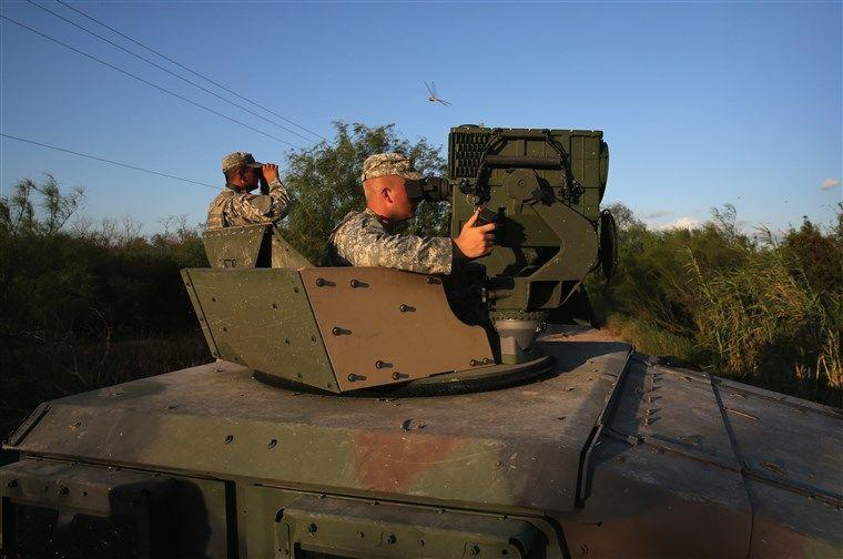 Trump Kirim 5.200 Pasukan kePerbatasan Mexico