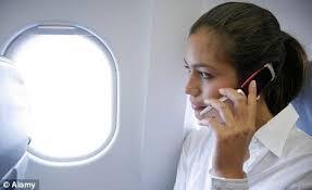 Matikan HP Di Dalam Pesawat, Atau HP Cuma Kambing Hitam Kecelakaan Pesawat ?