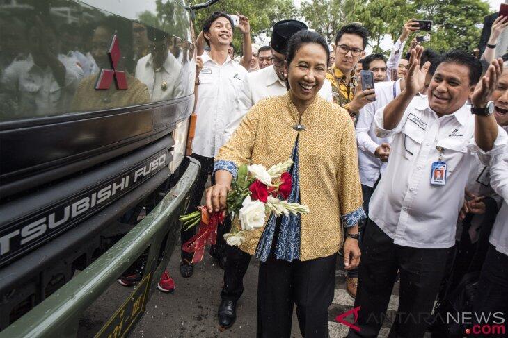 Menteri Rini Dorong Daya Saing Ekspor dan Hilirisasi Produk BUMN