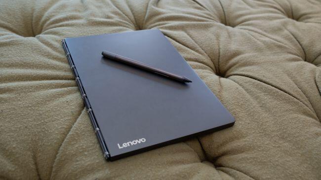 Yoga Book C930, Laptop Layar Ganda Pertama dari Lenovo yang Futuristik