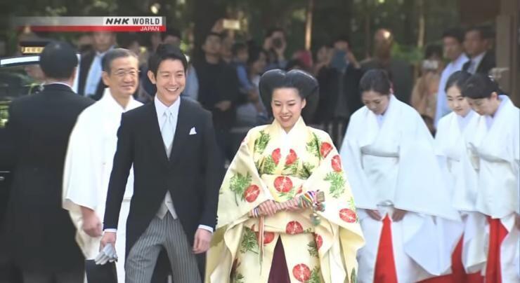 10 Momen Nikah Putri Jepang dengan Orang Biasa, Lepas Status Kerajaan!