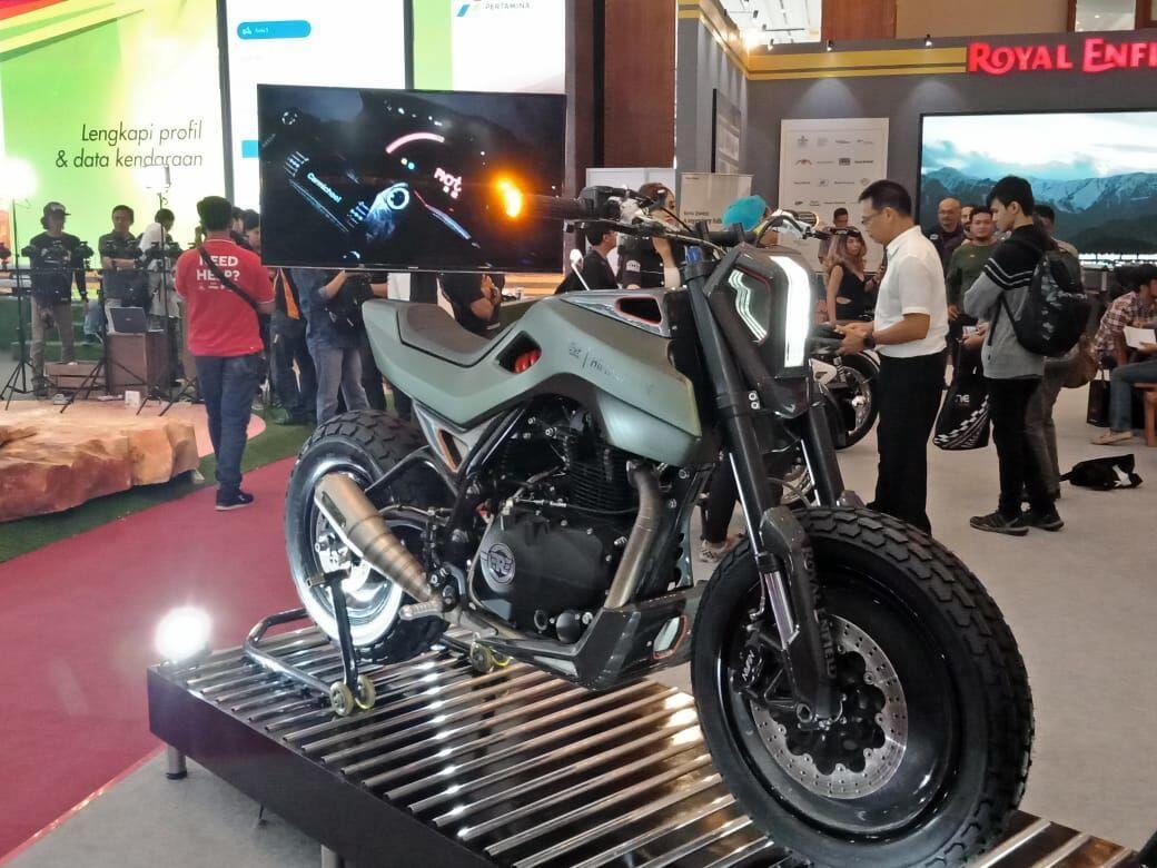 IMOS 2018: Royal Enfield Pamerkan Motor Custom