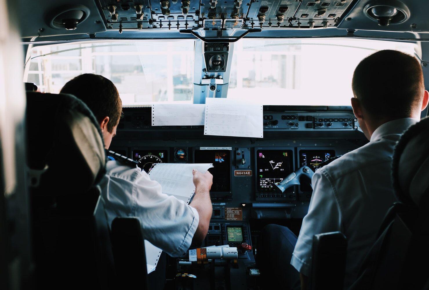 Kenapa Kecelakaan Pesawat Banyak Terjadi di Bulan Oktober-Desember?