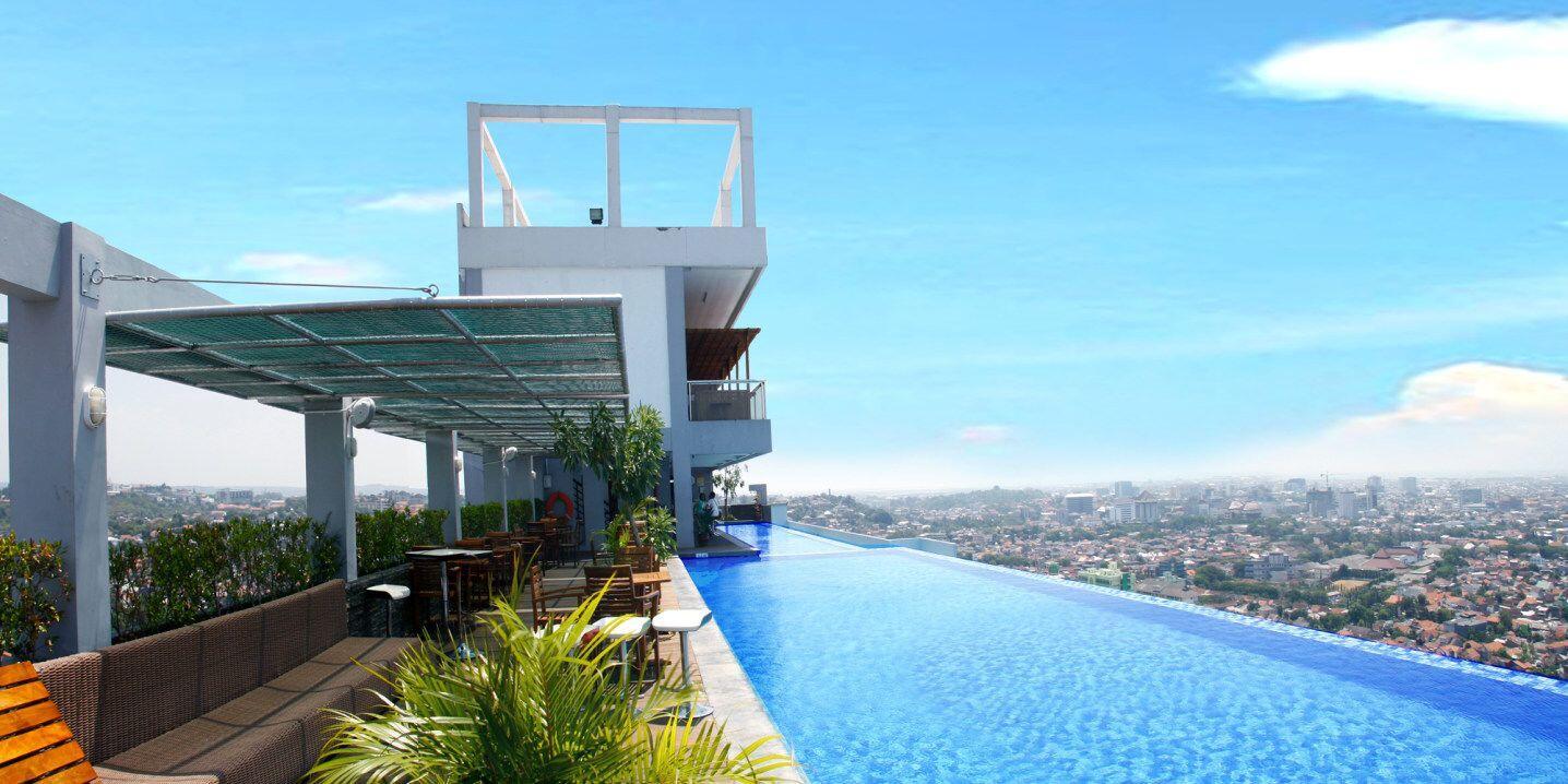 Keren, 6 Hotel di Semarang Ini Punya Infinity Pool Lho!