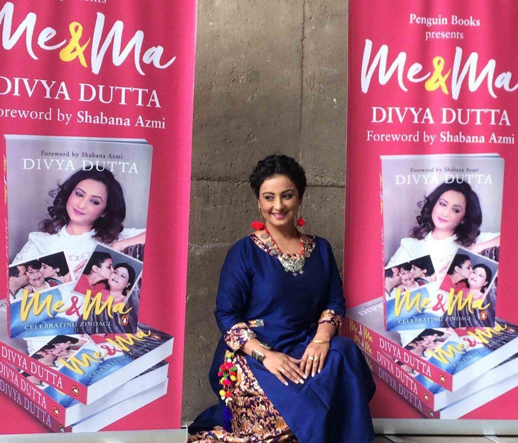 Gak Nyangka, 7 Aktris Bollywood Ini Sukses Menulis Buku Lho!