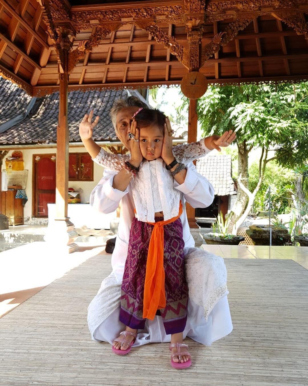 10 Nama Bayi dari Para Dewa-Dewi Hindu, Bermakna Suci & Enak Didengar