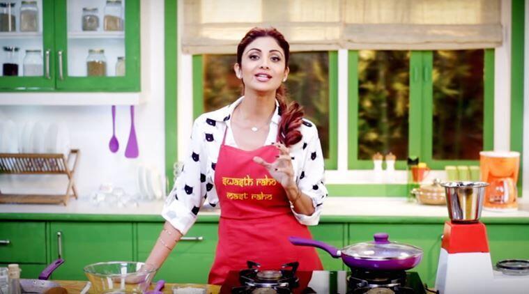 Selain Akting, 8 Seleb Bollywood Ini Punya Bakat Terpendam Menawan Lho