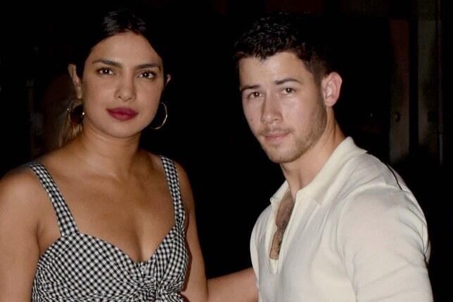 Ini Isi Pesan Singkat Nick Jonas saat Dekati Priyanka Chopra