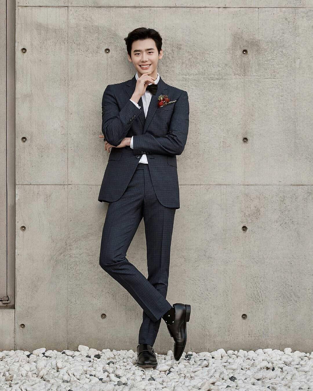 Segera ke Indonesia, Ini Dia 7 Fakta Aktor Hits Korea Lee Jong Suk