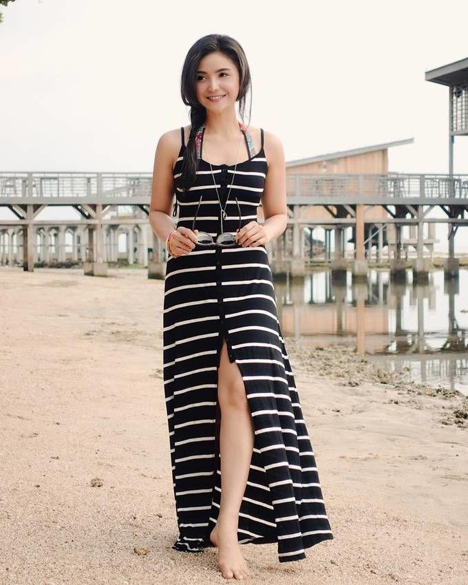 10 Potret Pramugari Kekasih Baru Ade Govinda, Manis Banget!