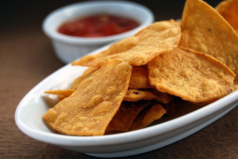 Meski Enak, 6 Makanan Ini Harus Dihindari saat Sakit Tenggorokan